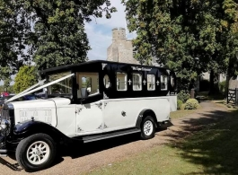 Asquith wedding bus for hire in Hatfield